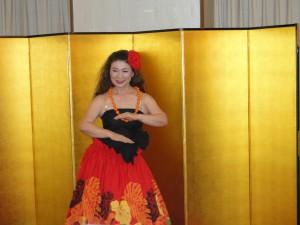 余興その2-華麗なフラダンス
